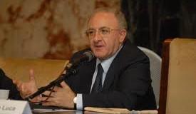 De Luca è il terzo sindaco più amato d'Italia.